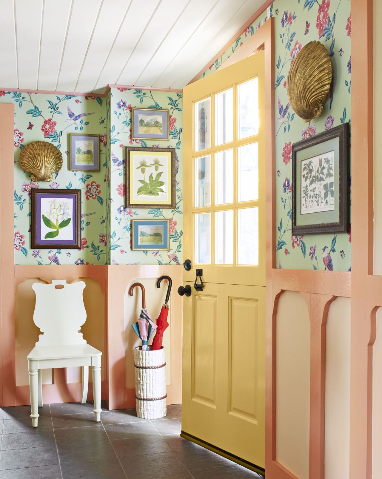 30+ of the Best Interior Paint Colors | Hall, Doors and Dutch doors
