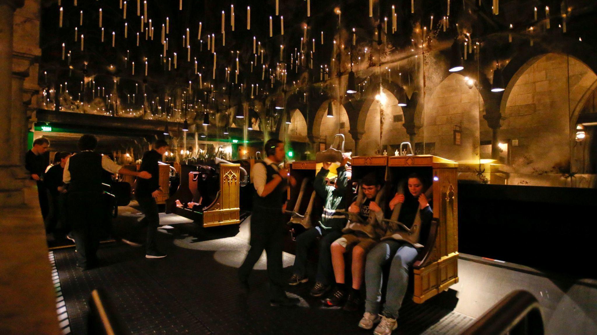 Harry Potter Ride At Universal Studios Hollywood Goes High Def Universal Studios Hollywood Harry Potter Ride Harry Potter Universal Studios