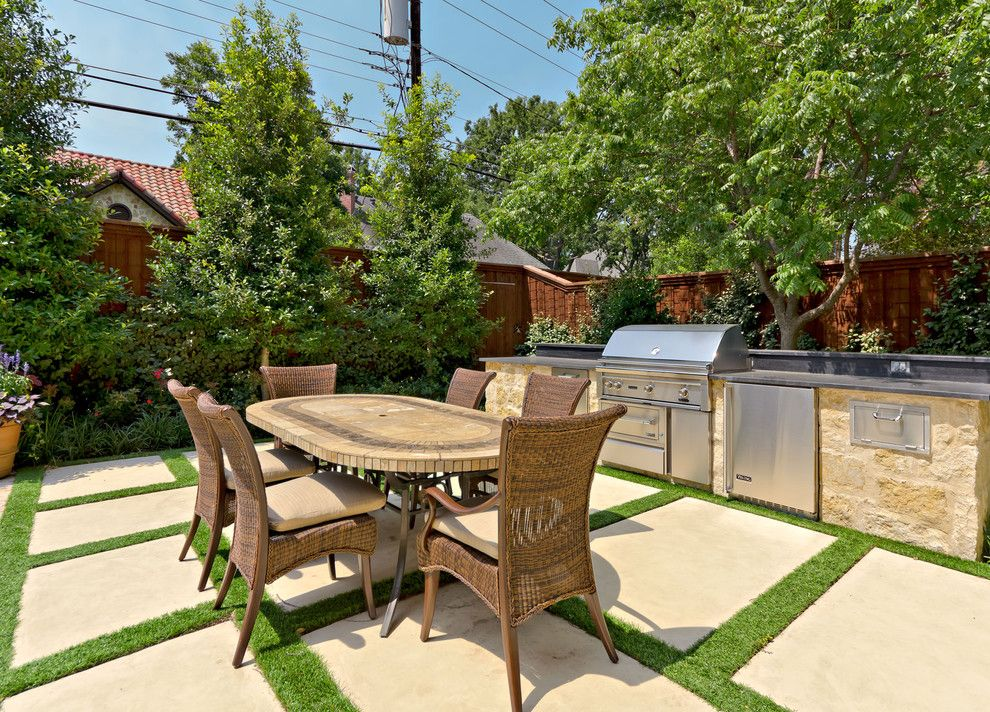 Incredible Astro Turf Decorating ideas for appealing Patio