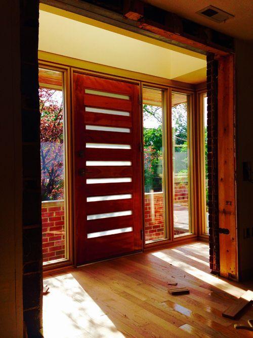 """Moderno - Mahogany Moderno (1-3/4"""") - Exterior Mahogany - Exterior Entry Doors"""