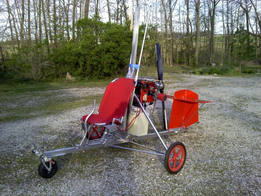 Paul's scratch built gyrocopter   he called it the humble