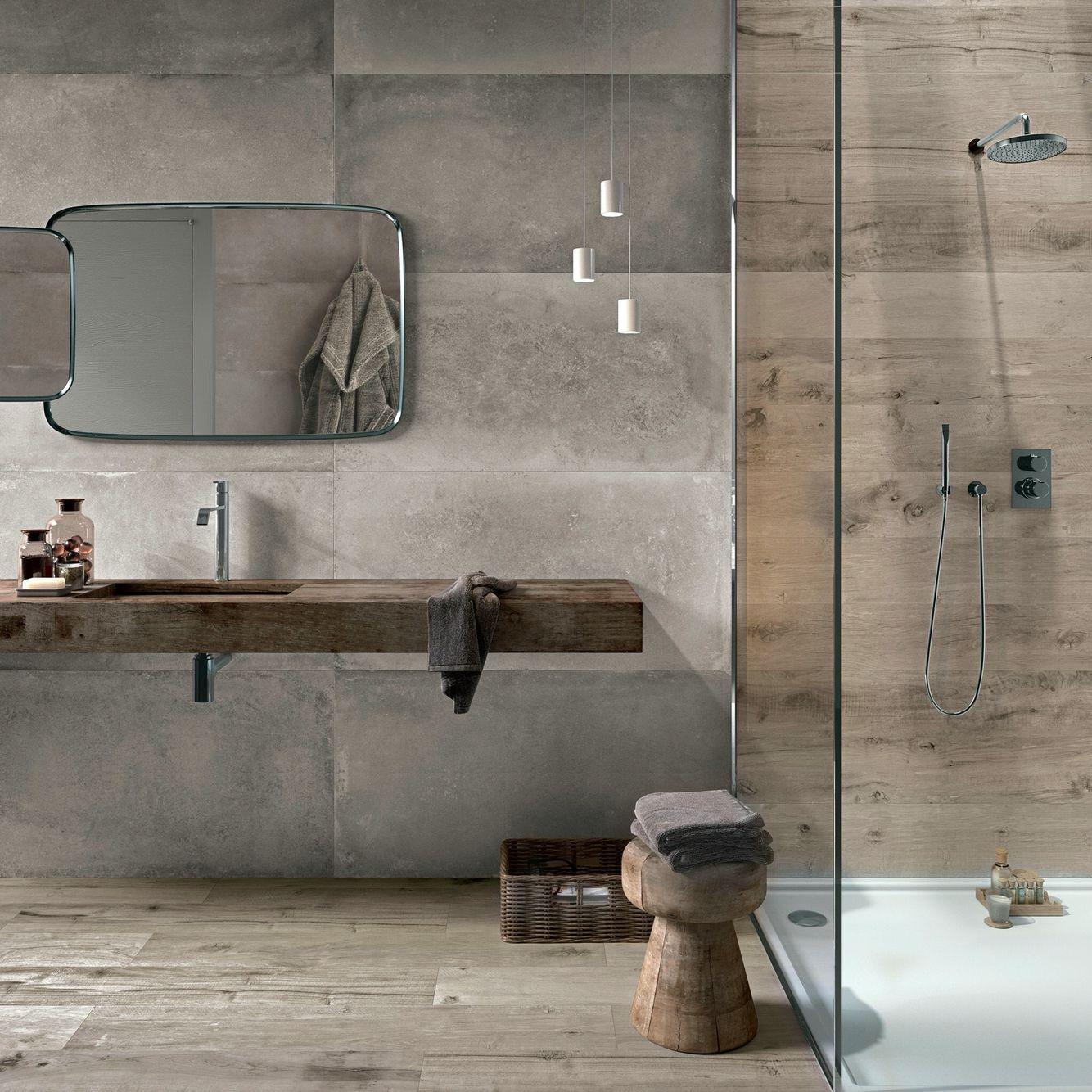 Hout en betonlook badkamer. Lampjes boven wastafel - Badkamer ...