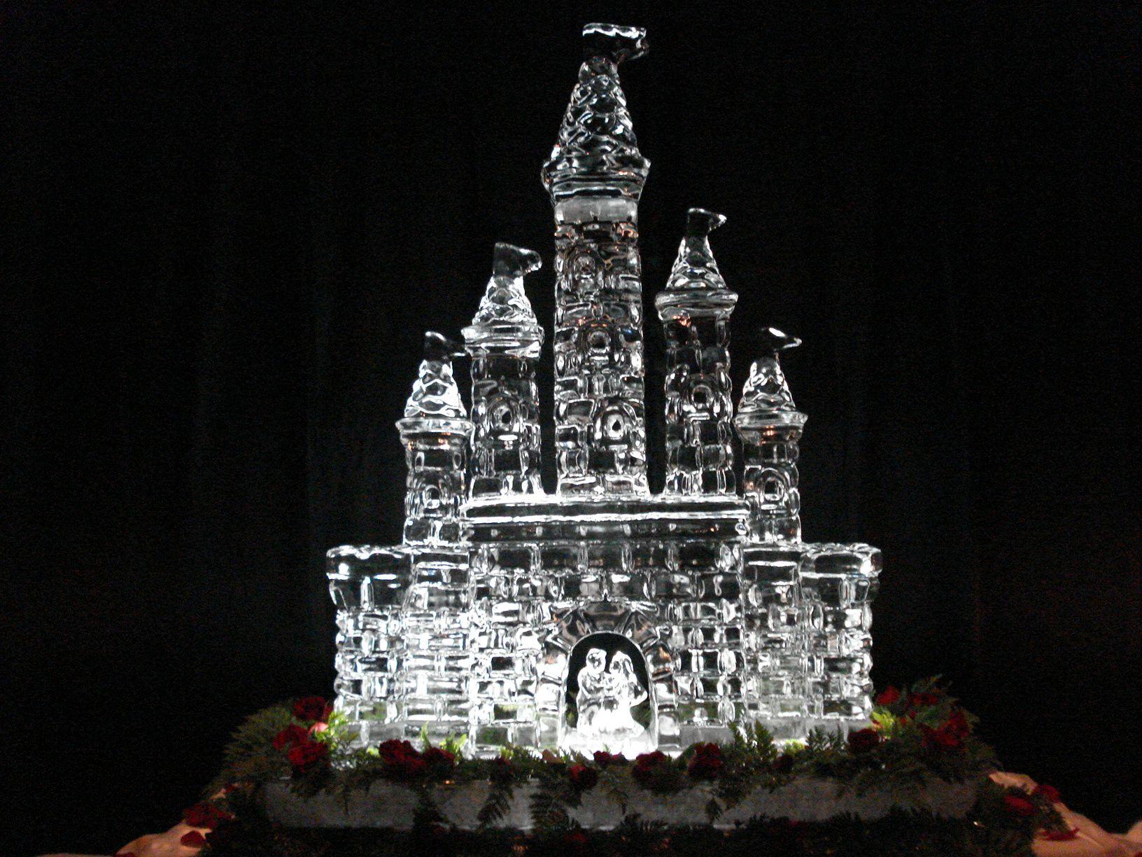 Castle Grande (With images) Ice sculptures, Appleton