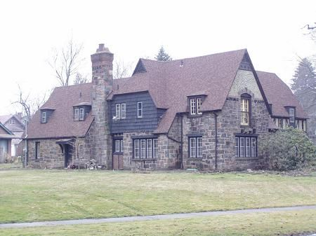 1927 Stone Tudor Mansion Crandall Park Youngstown Oh Stone Houses Youngstown Historic Homes For Sale