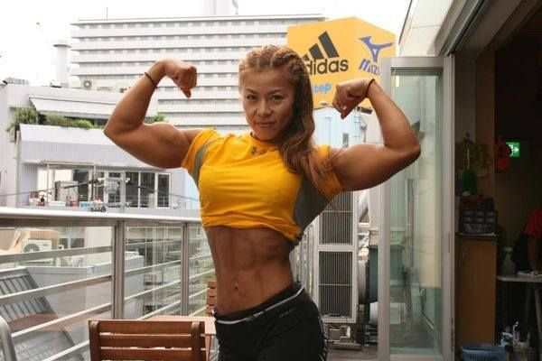 Tomoko bodybuilder female japanese