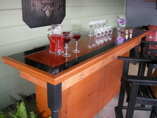 Do It Yourself Outdoor Bar: Build A Bar Using A Reclaimed Door For The Top