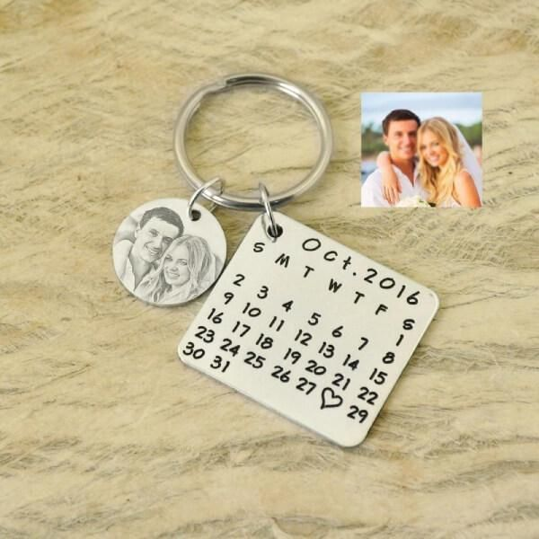 This personalized Calendar Keychain is a wonderful way to remember the special date. You can engrave photo and a particular date with this personalized photo calendar keychain. This personalized keychains are hand stamped and crafted just for you. We can guarantee your partner will love this personalized Calendar Keychain. This personalized calendar keychain is made of stainless steel Anodized stainless steel - will never rust! No deformation and no discoloration Nickel and lead-free, suitable f