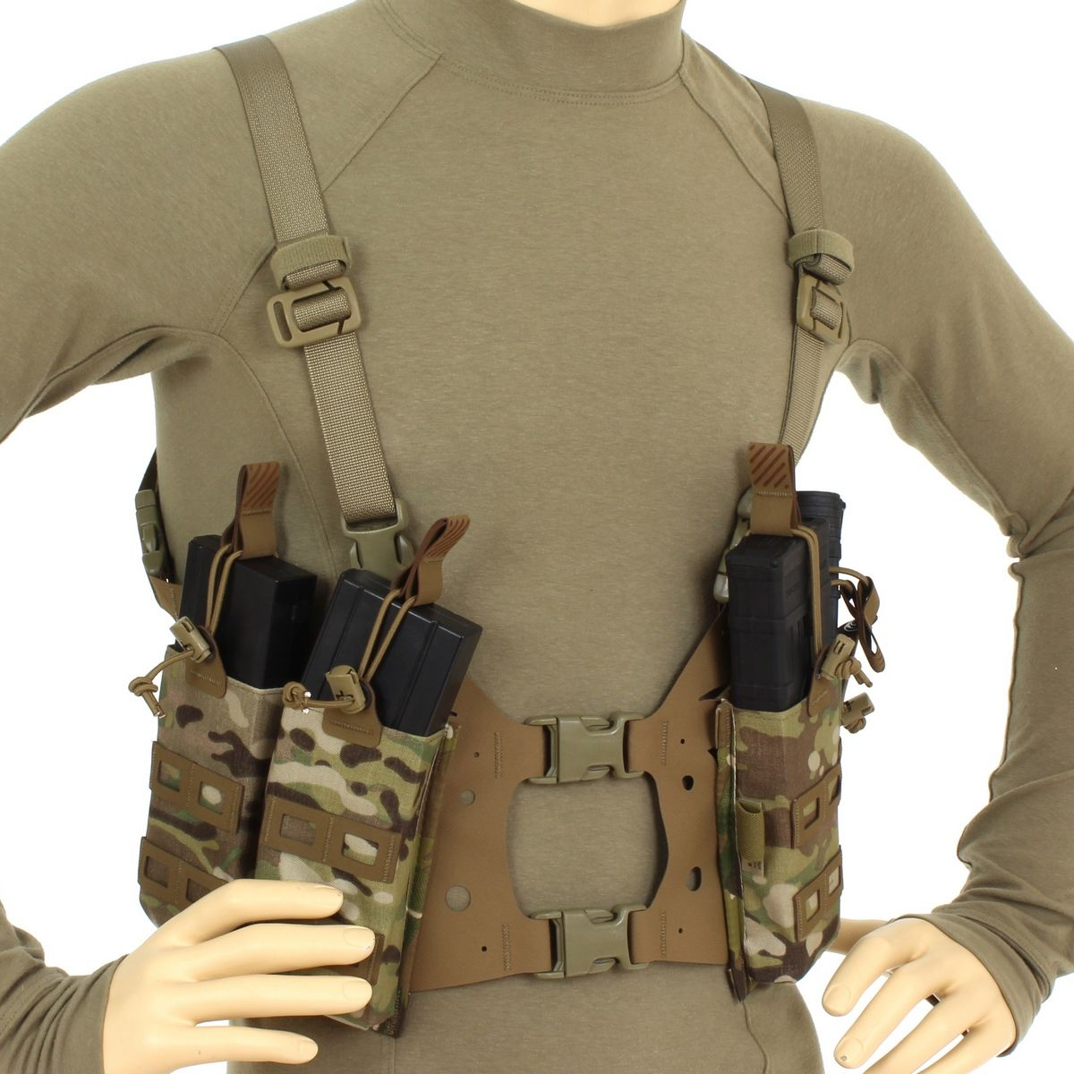 Minimalist chest rig, might be taking things a bit far... Whiskey Two-Four Low Profile 8x3 Panel, Split