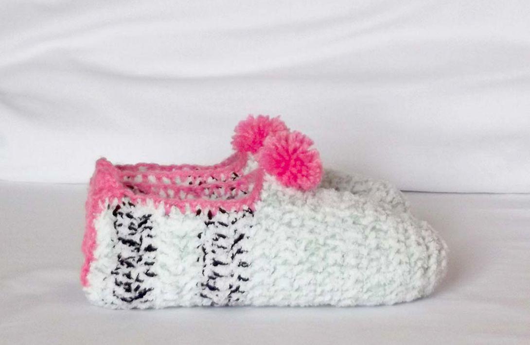 PROJECT #018: CROCHET SLIPPERS FOR ADULTS | Crochet by Jocelyne ...