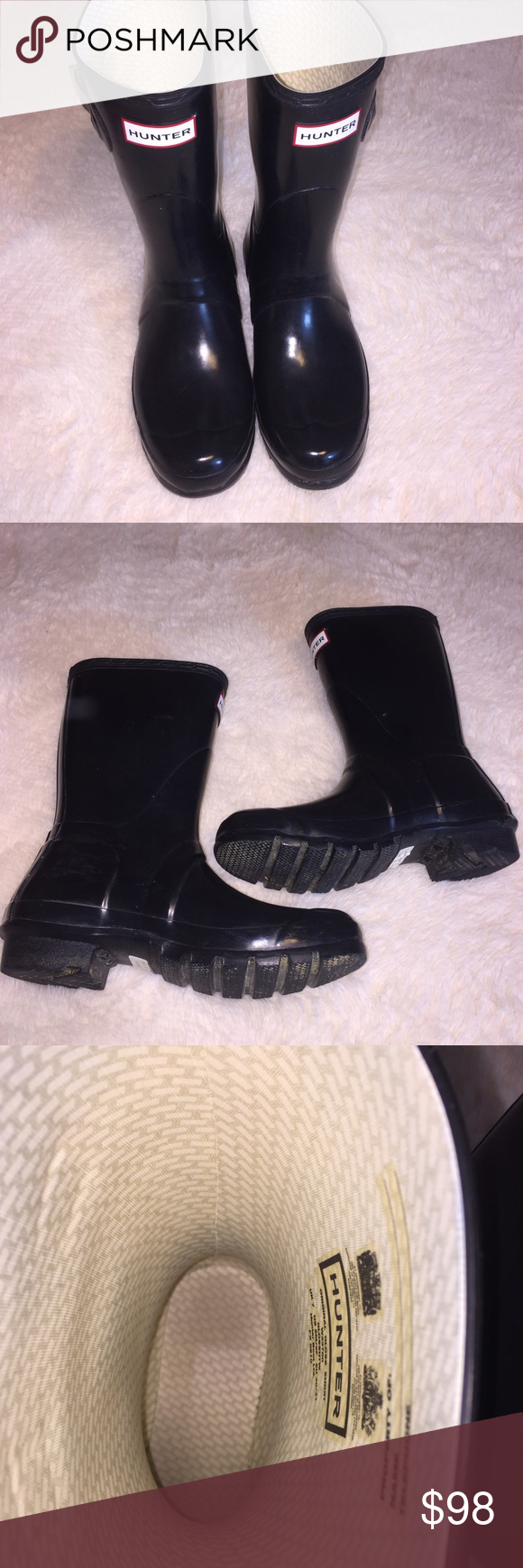 Short style hunter rain boots Short style black hunter rain boots comes right below the calf. In excellent condition! Great for snow or rain.  11 inches tall. Size 9. Hunter Shoes Winter & Rain Boots