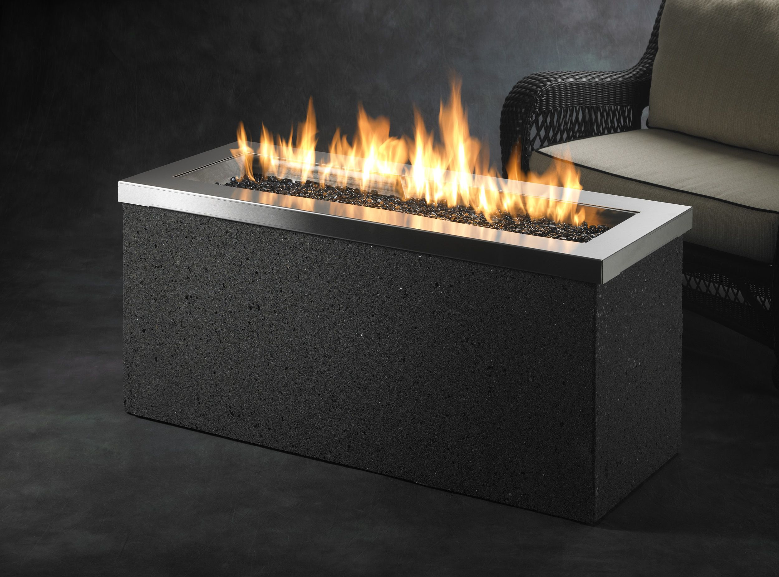 Electric fire pit greatroom company adds 12 new gas fire pit products for spring