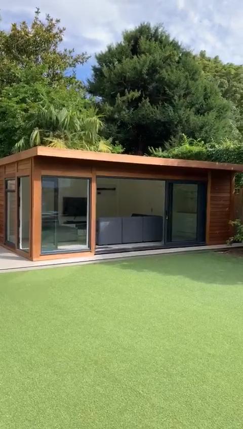 Photo of Iroko Garden Room a Wimbledon – Video Tour