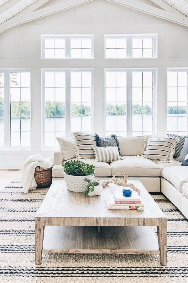 Pin By Sarai On Home Ideas In 2019 Living Room White Living