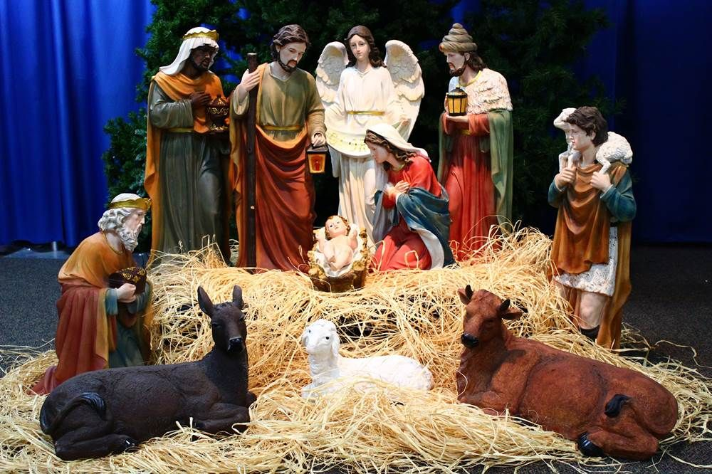 32 Large Scale Fiberglass Nativity Set Nativity Set Indoor Nativity Sets Outdoor Nativity