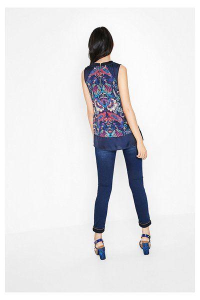 Blusa azul con paisley Cuello Liso Jacket | Desigual.com