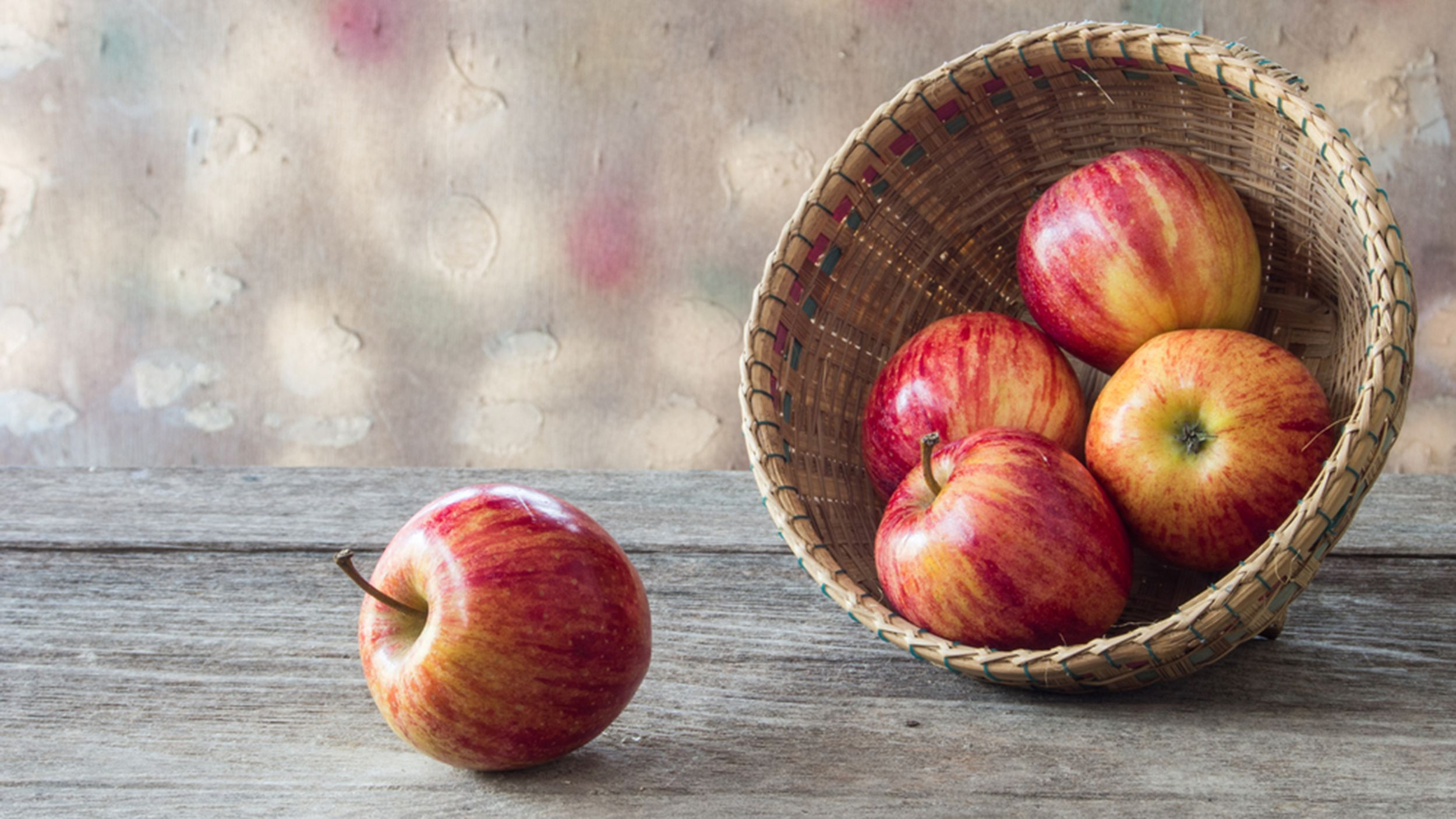 Joy Bauer wants your healthy but delicious apple-themed recipes