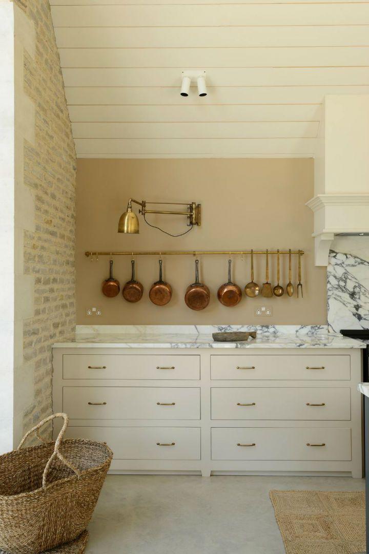 klassische englische k chendesigns englische klassische kuchendesigns country kitchen. Black Bedroom Furniture Sets. Home Design Ideas
