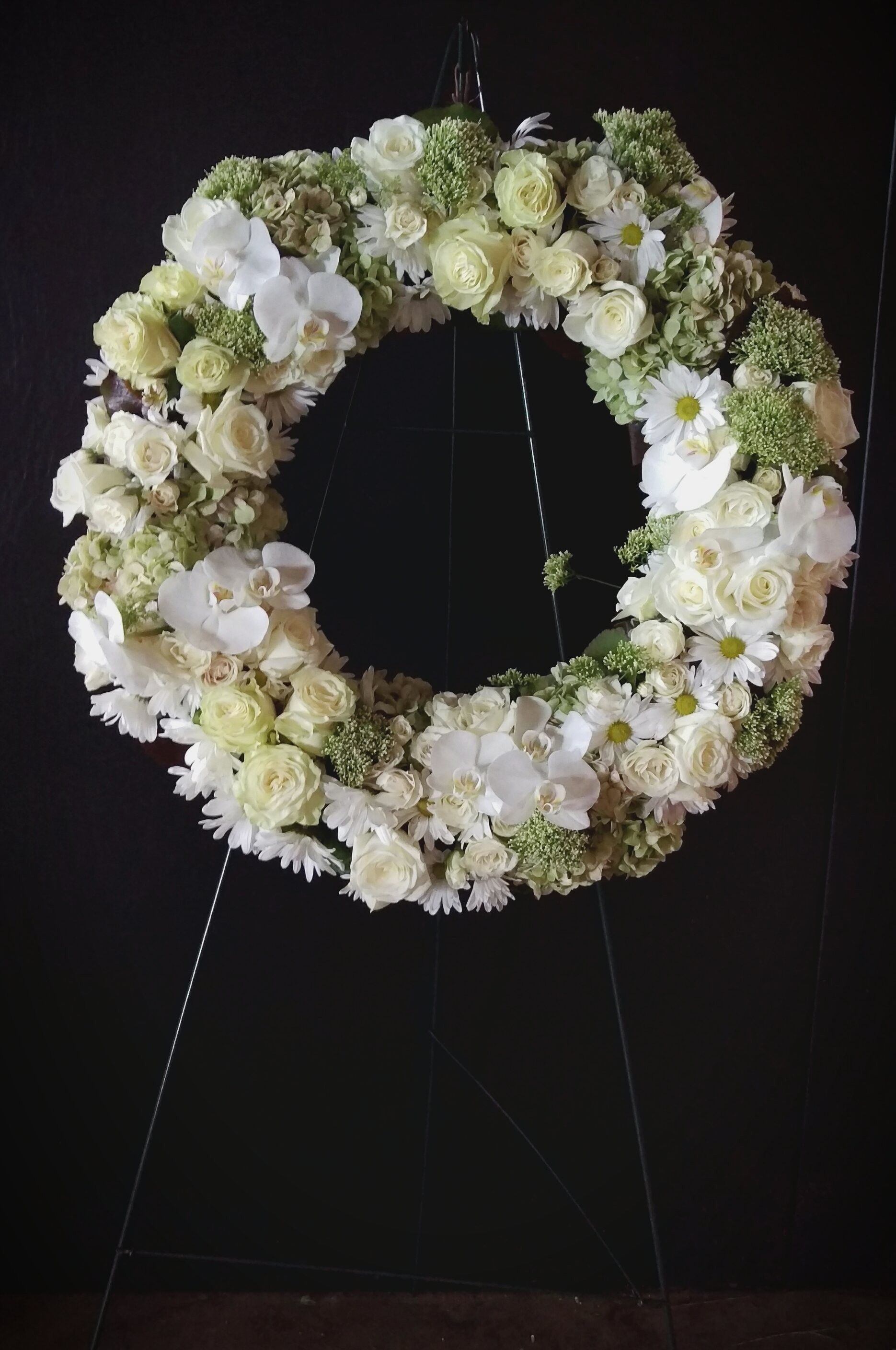 White Remembrance Sympathy Wreath Sympathy And Memorial Flower