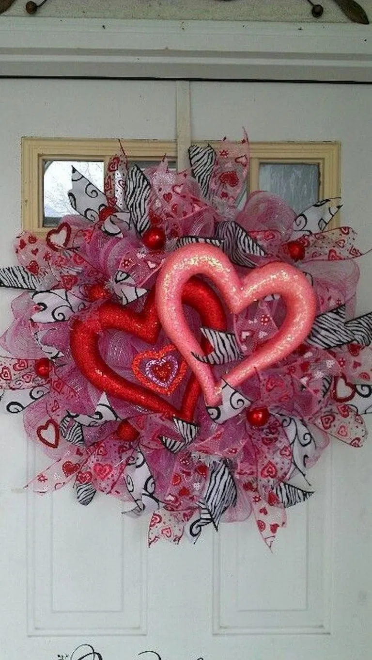 27+ adorable diy valentine's day decor ideas that'll make your home look cute & romantic 30 < moeshouse