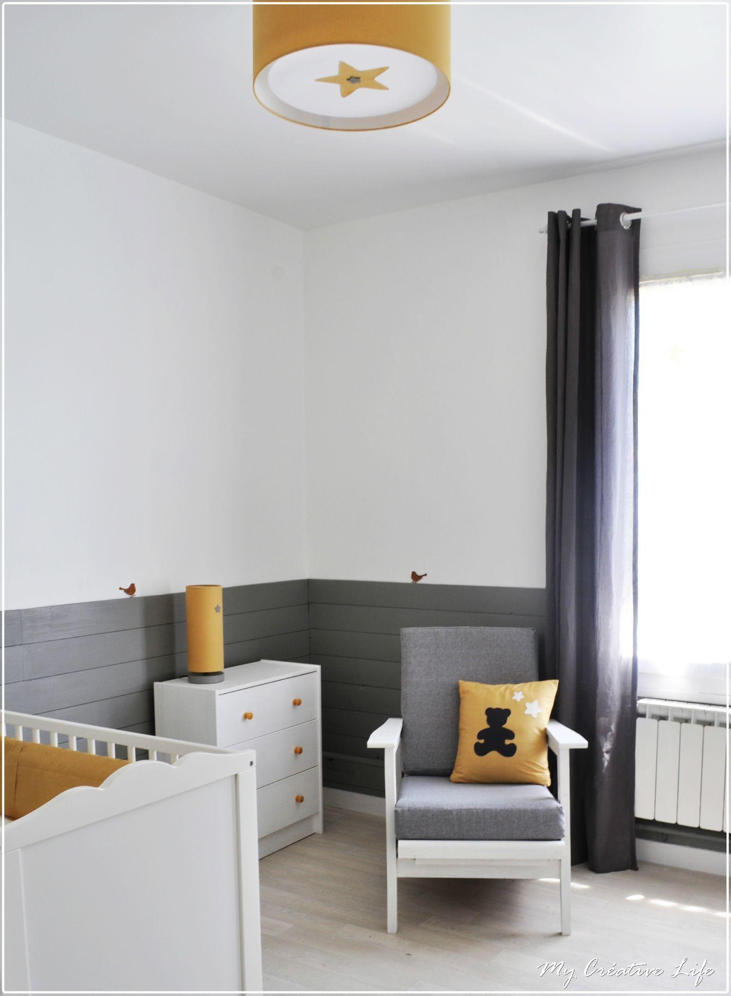 Chambre bébé, gris, jaune et blanc (baby room / nursery) | NURSERY ...