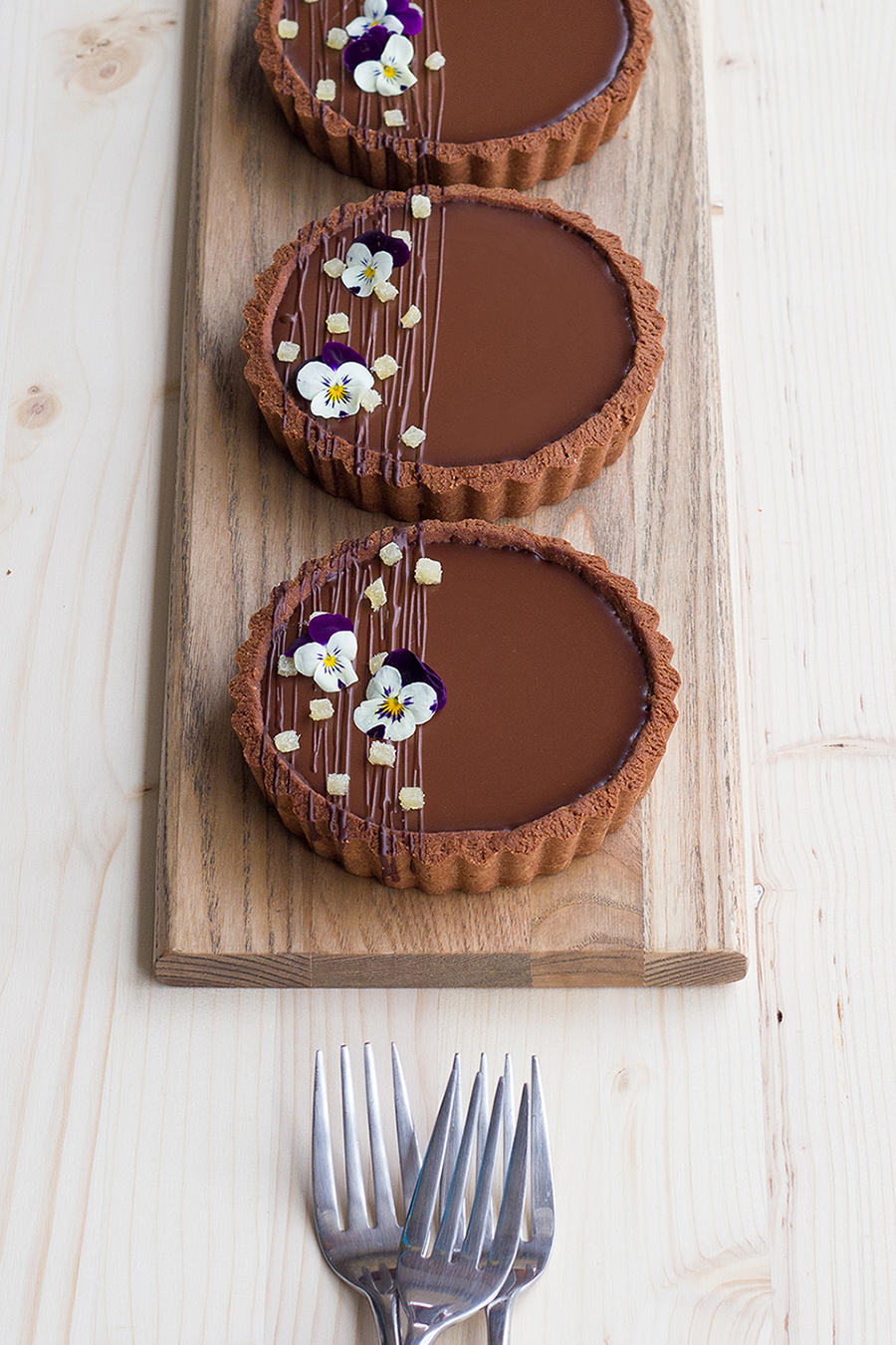 Photo of Coconut and Dark Chocolate Tart with Ginger Caramel (GF) – Designs of Any Kind