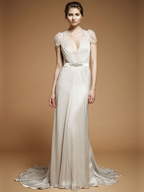 vestido de novia manga corta con drapeado a la cintura | best