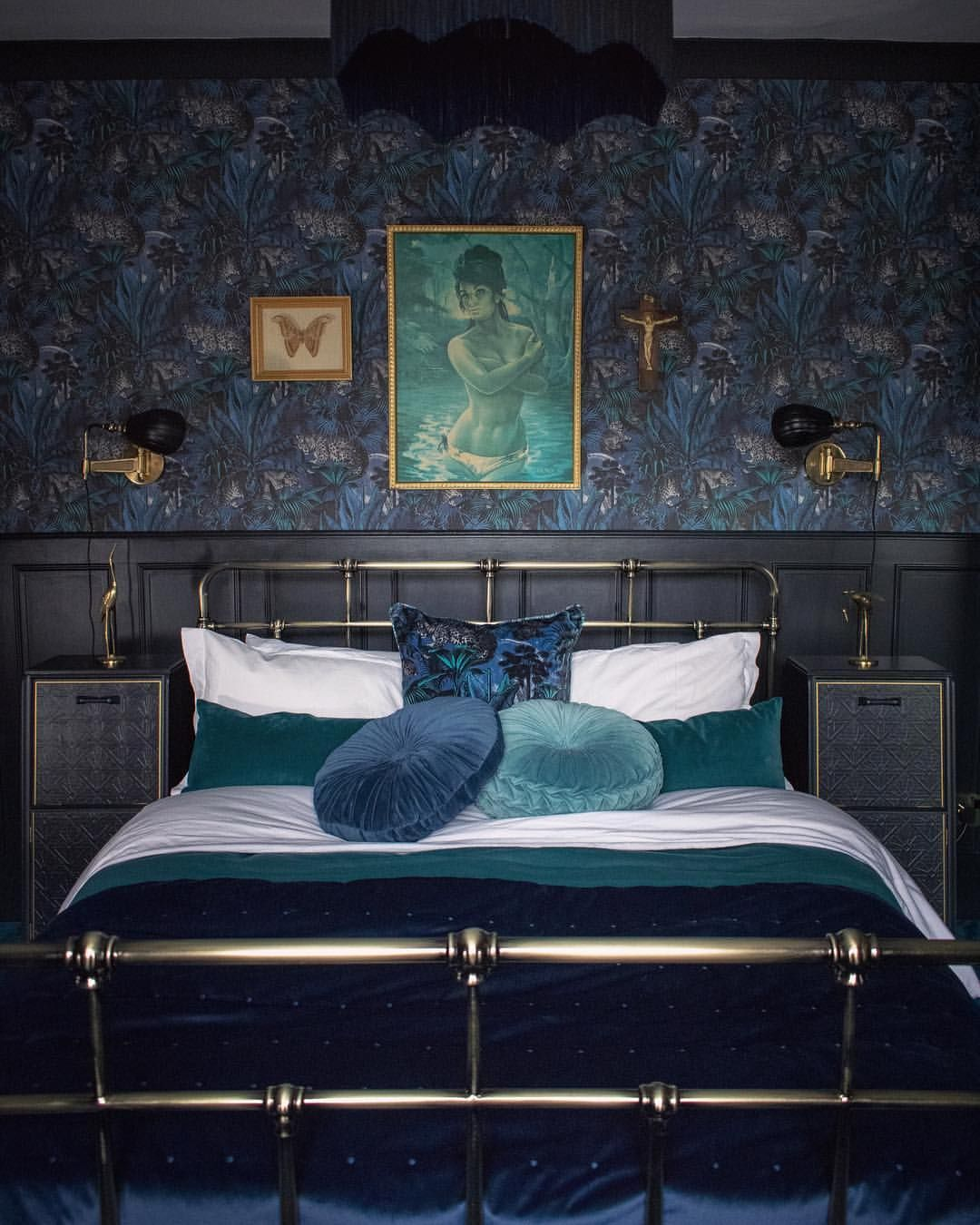 Best Bedroom Wallpaper Ideas Bold Wallpaper Patterns For 400 x 300