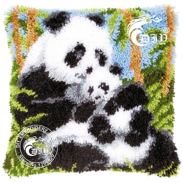 3D Latch Hook Pillow Kits Panda Mother and Son DIY Needlework Crocheting Kit Rug Yarn Handmade Unfinished Embroidery Pillowcase