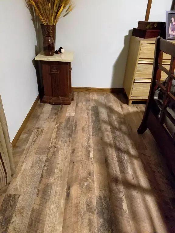 Featured Floor Calico Oak Laminate Wood Laminate Flooring