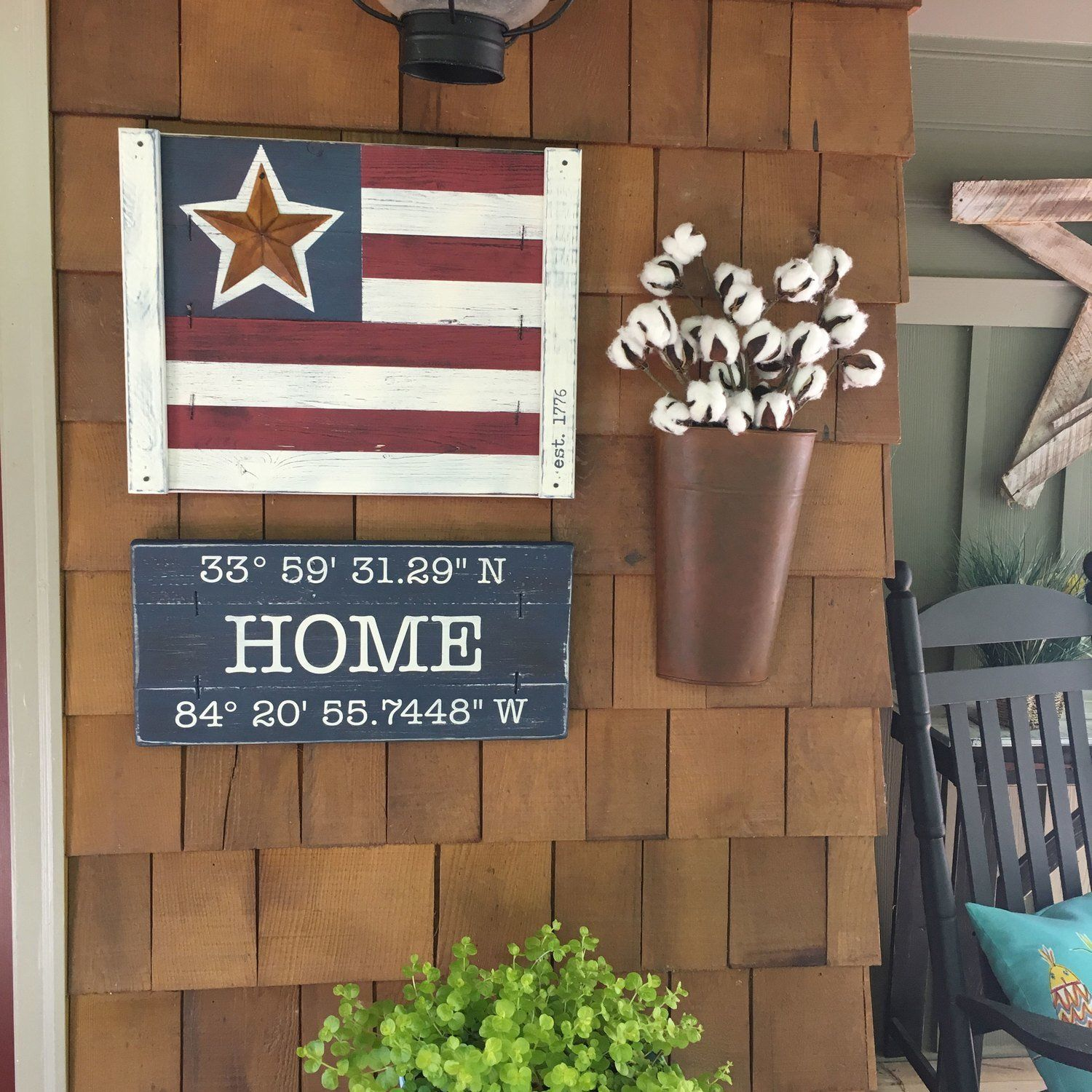 American Flag Wall Art 3 Piece Set This Rustic 3 Piece Wall Decor Set Includes An American F American Flag Decor American Flag Wall Art Rustic Gallery Wall