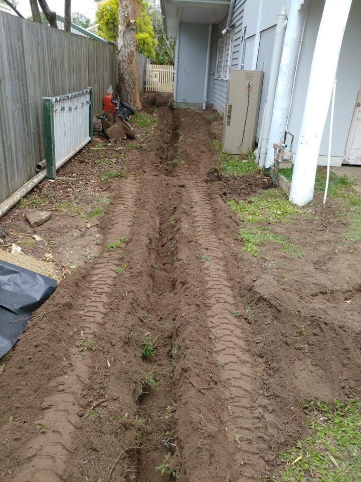 Rogers Little Loaders Hire Mini Excavation Earthworks