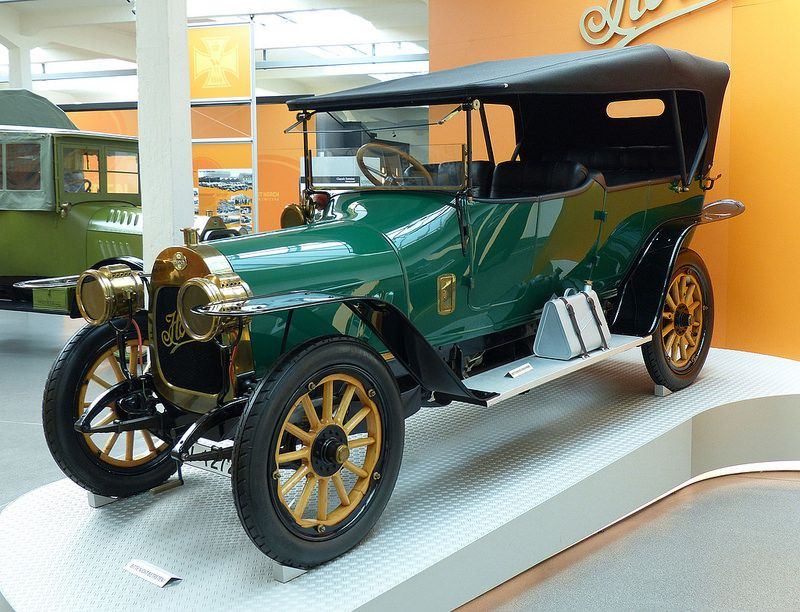 1909 Touring | Touring, Antique cars, Old cars