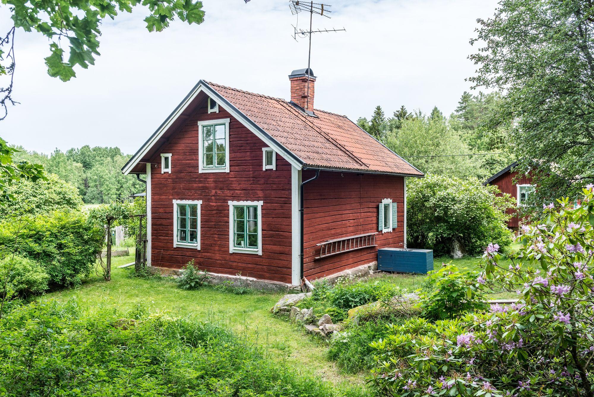 hus till salu i järlåsa
