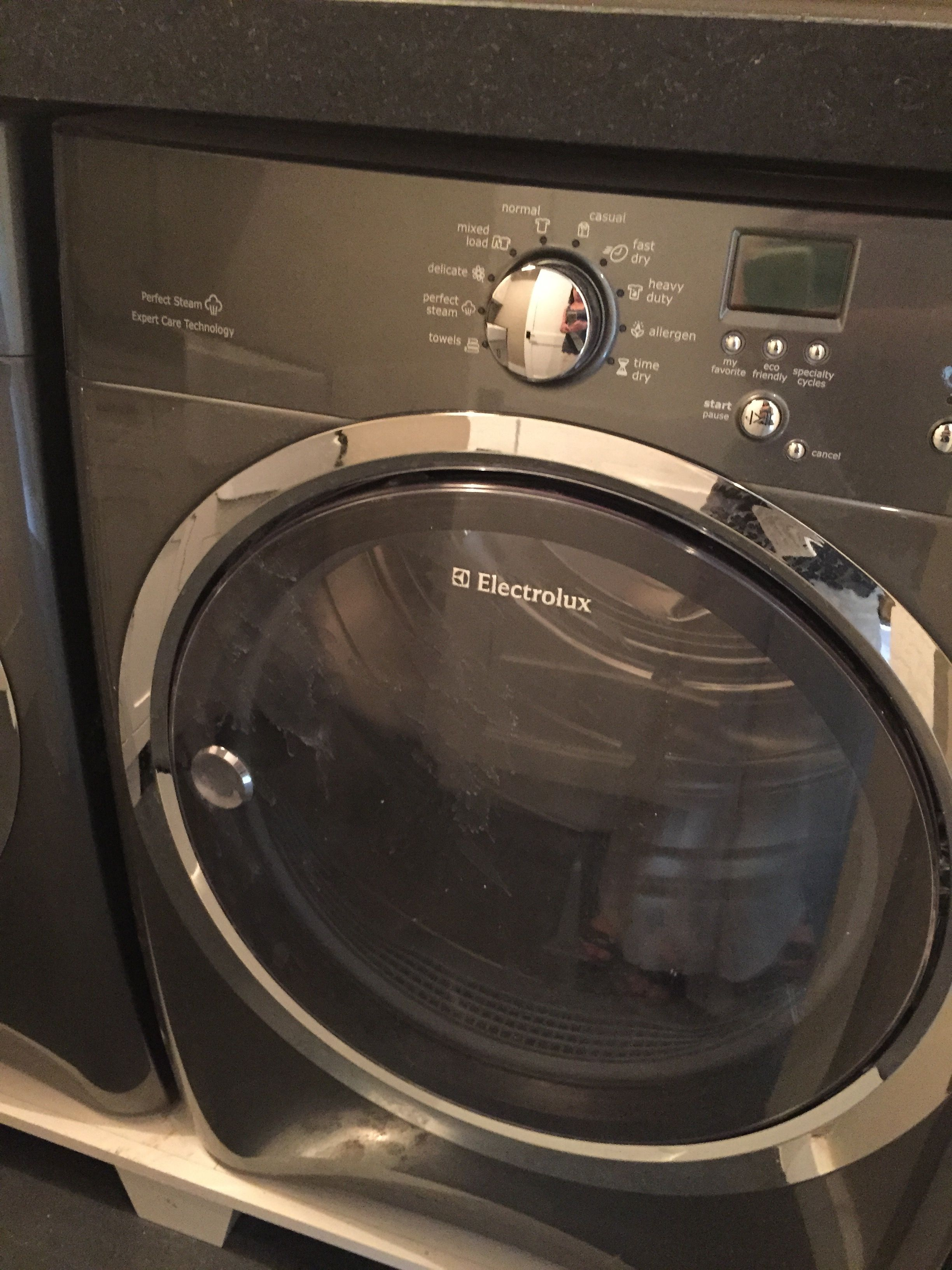 Pretty great looking Washer Dryer Should check into Consumer