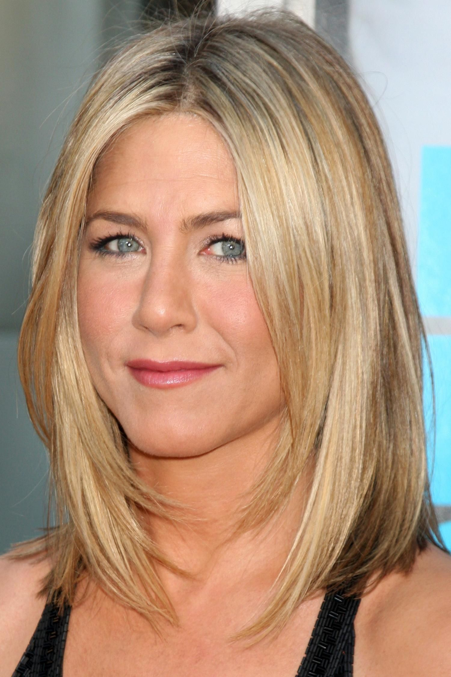 Long Beautiful Hair With Pink Bow 10 Medium Haircuts For Straight Jennifer Aniston Messy Make Up Love