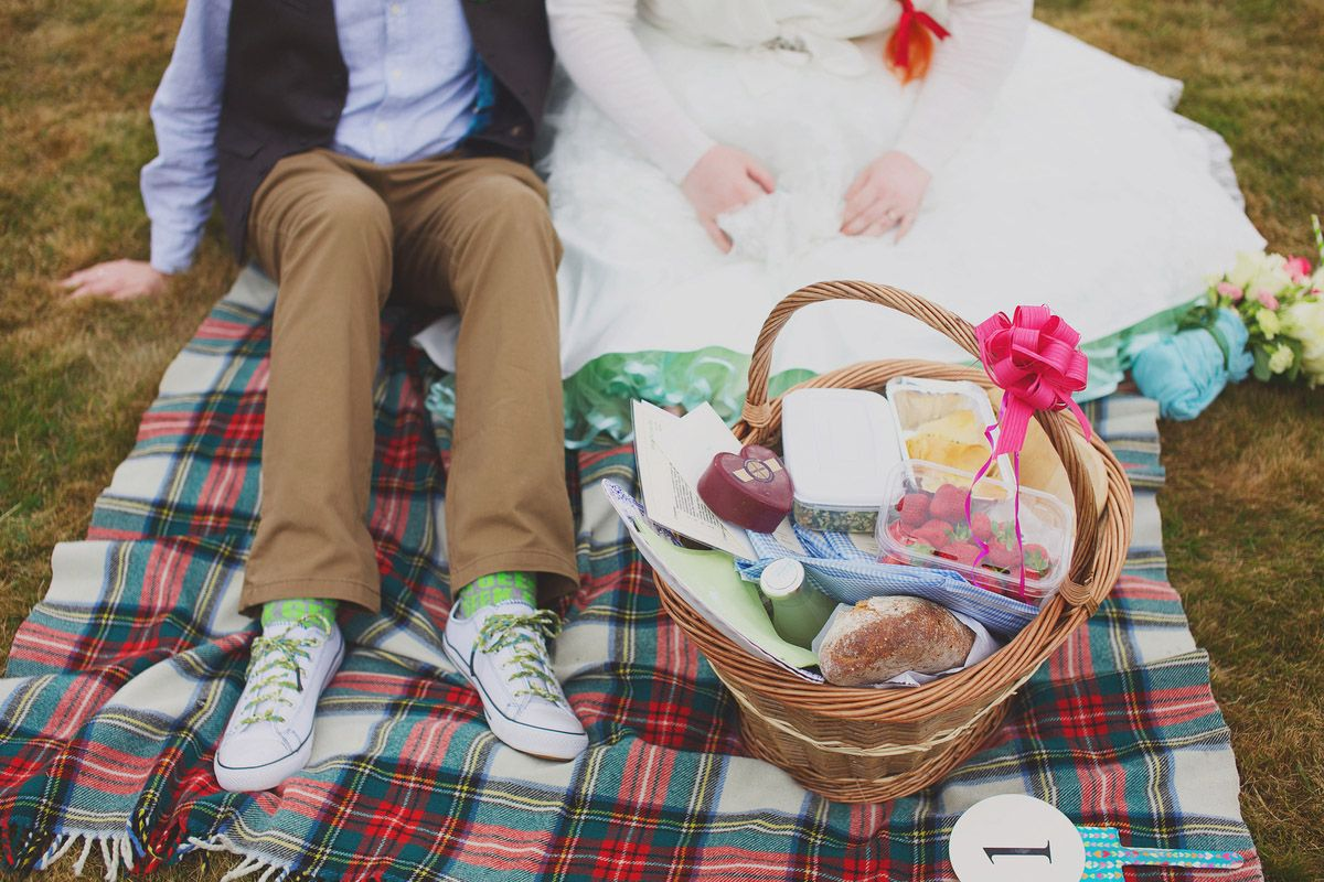 Tree House and Picnic Party Wedding: Kirsty & James