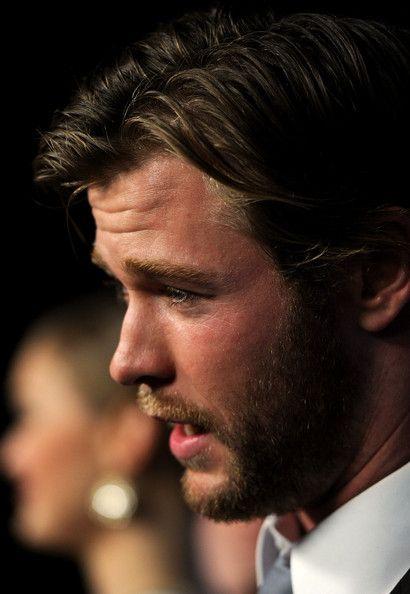 Chris Hemsworth Nose Job : chris, hemsworth, Chris, Hemsworth, Photos, Photos:, Australians, Film's, Breakthrough, Awards, Arrivals, Hemsworth,