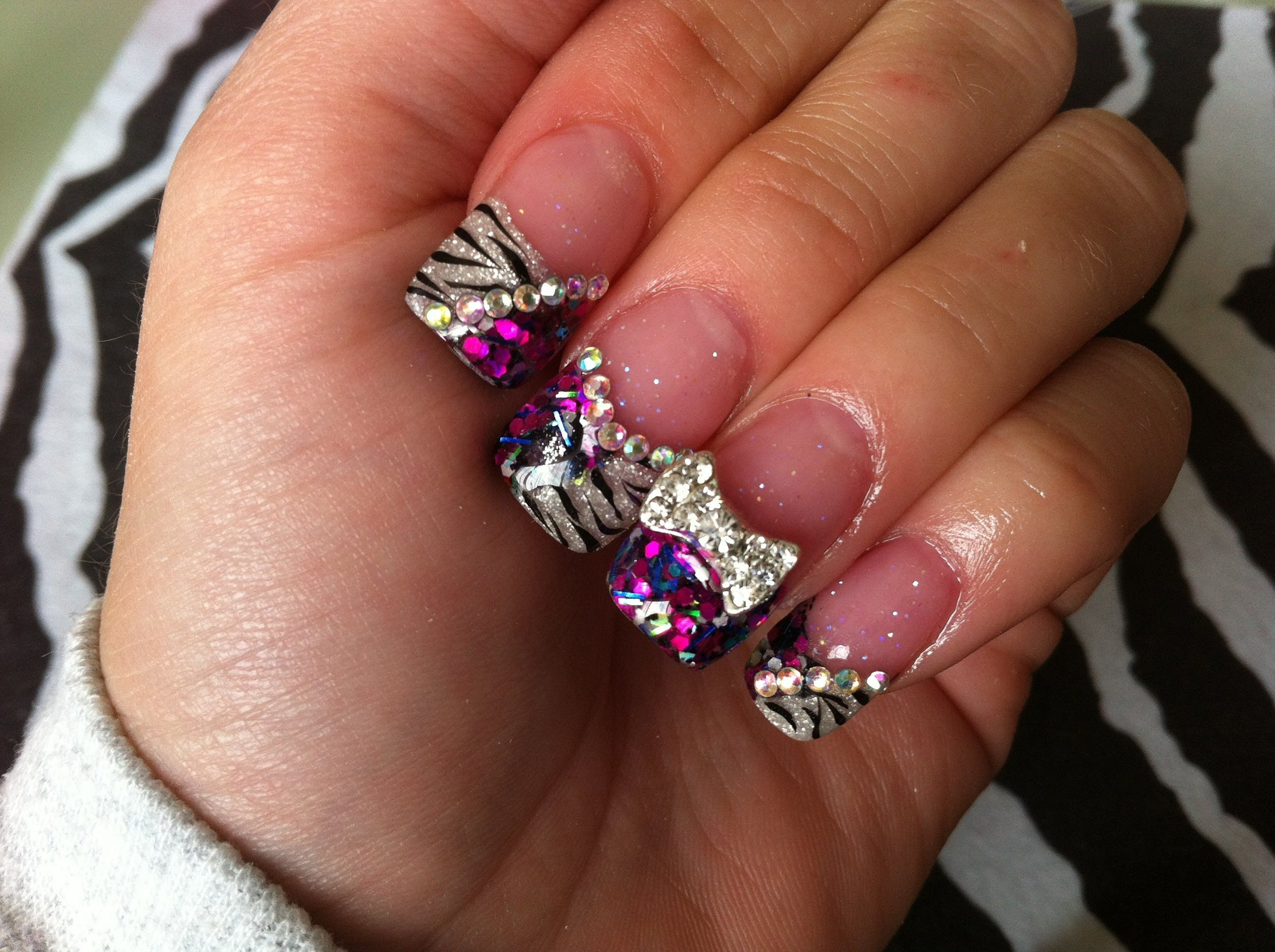 Acrylic Nails - Zebra Bling | ♥☆Acrylic Nail Ideas☆♥ | Pinterest ...
