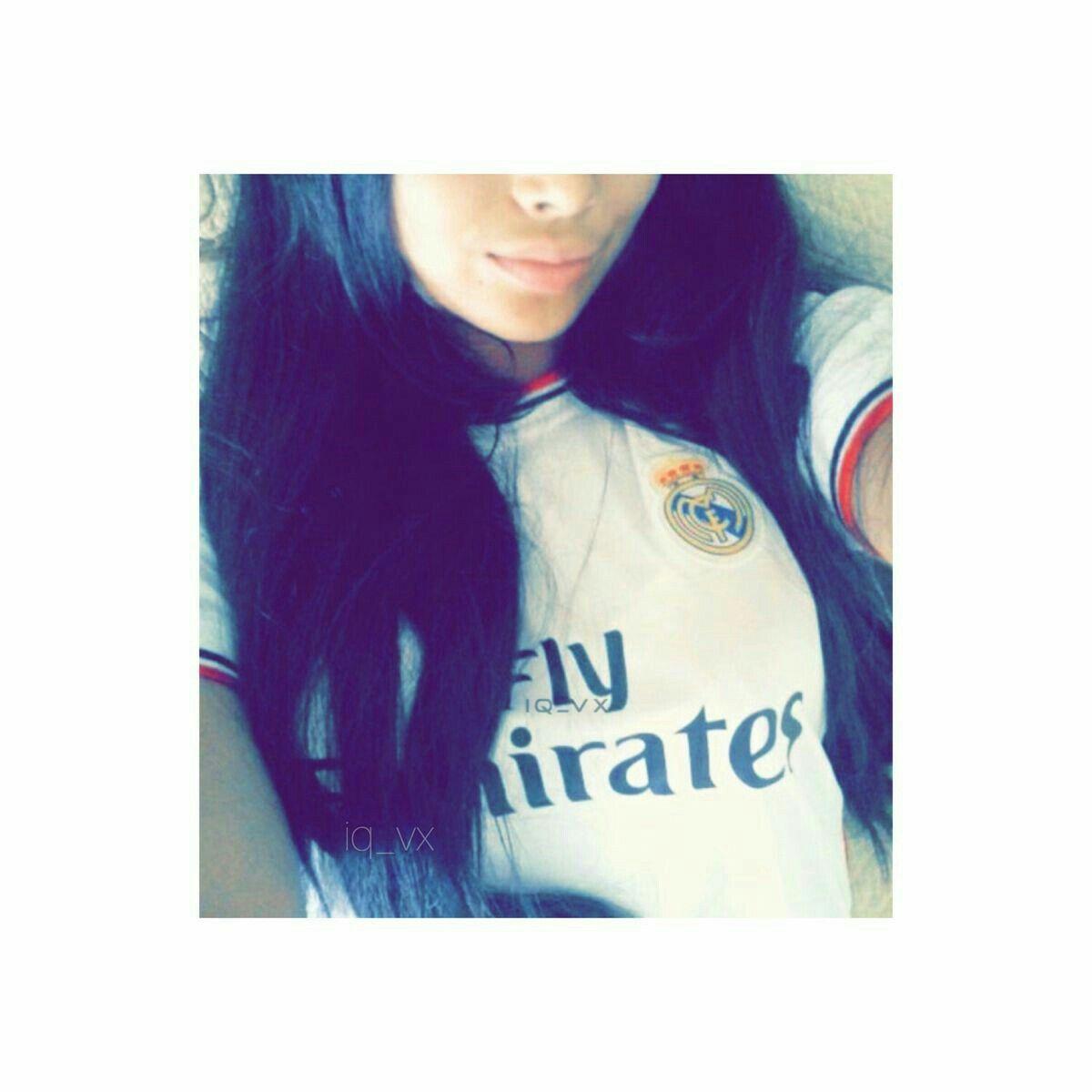 Pin By ɱễɱễ On Football Girls T Shirts For Women Football Girls Women