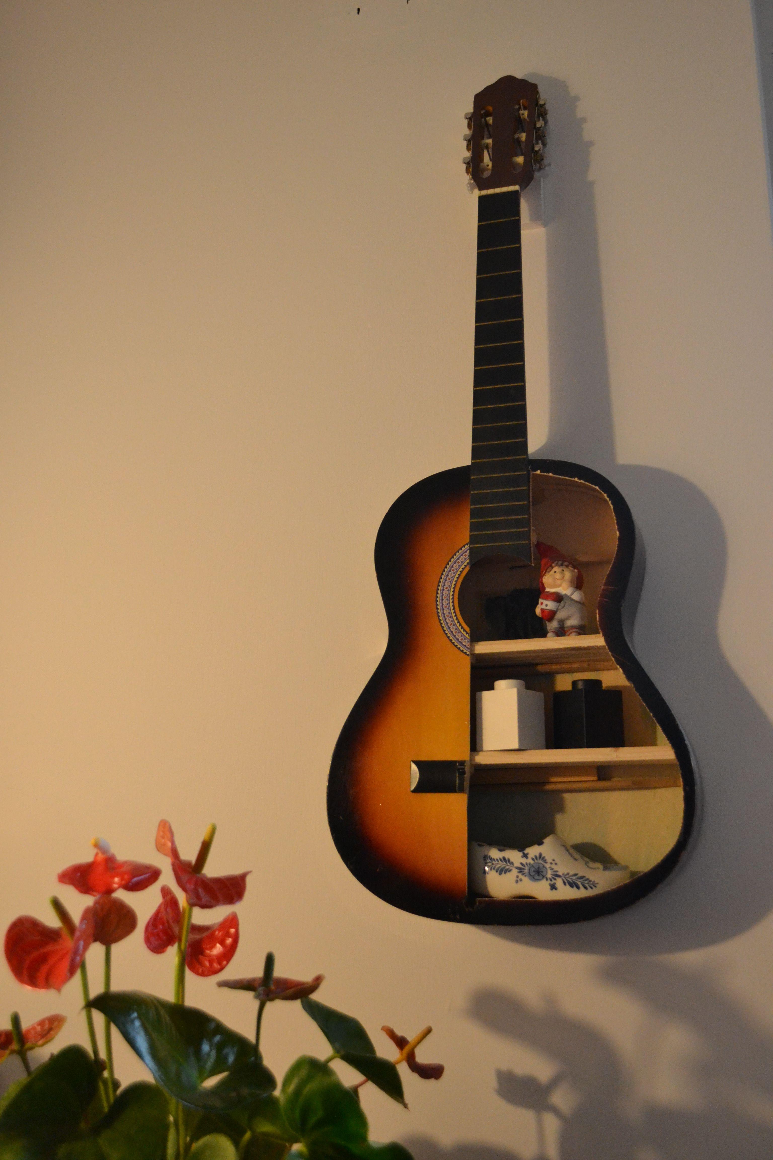 DIY Regal Aus Einer Alten Gitarre