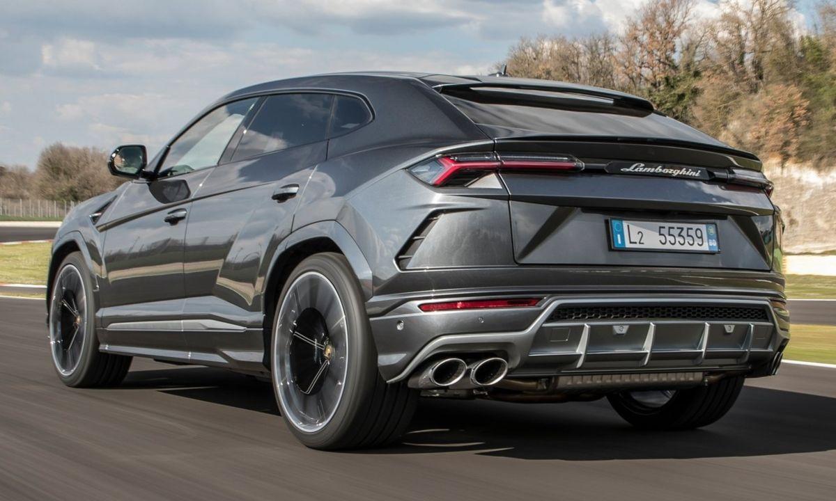 Lamborghini Urus Suv Is Getting Crazier Performance Version Suv Lamborghini Super Cars