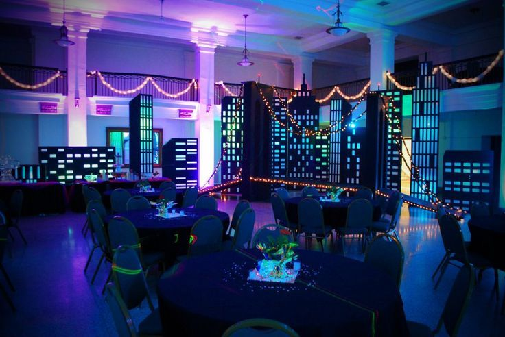 Bright Lights Big City Themed Party Idea For City Lights Theme At Cornerstone New York Theme Party Prom Themes Homecoming Themes
