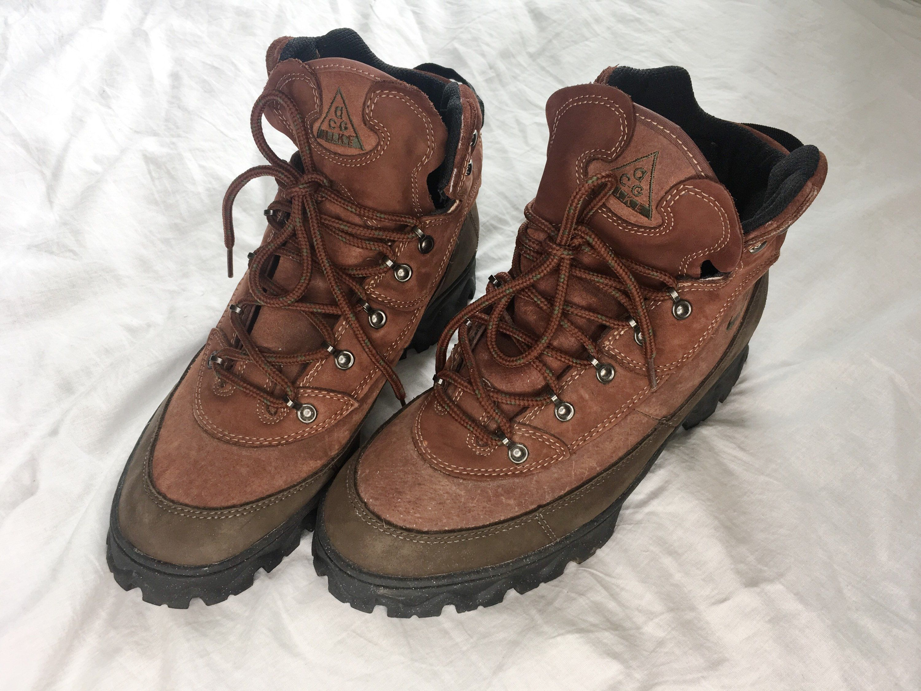984cfe7e9069d Excited to share the latest addition to my  etsy shop  Nike ACG Boots VTG