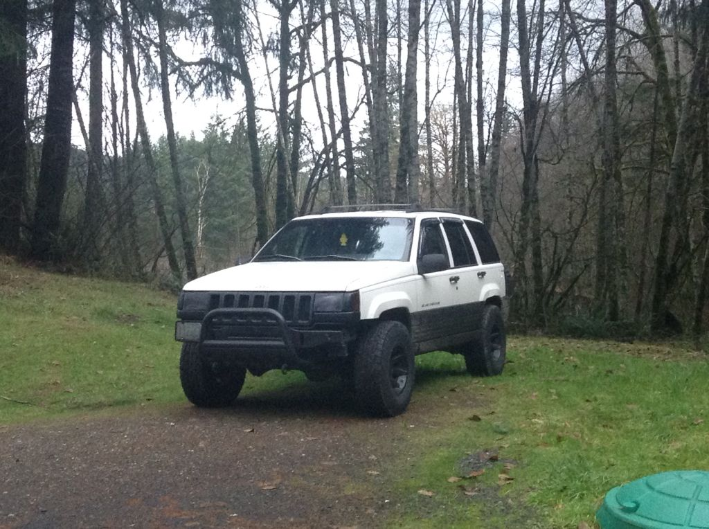 1997 Jeep Grand Cherokee 2 Inch Lift With Bull Guard Jeep Zj Jeep Grand Jeep Grand Cherokee