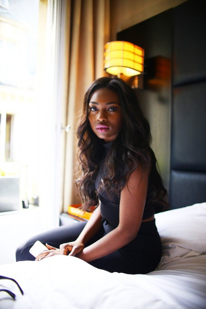 dating με ένα μαύρο κορίτσι UKαυτοκρατορικά ηθοποιοί που χρονολογούνται στην πραγματική ζωή