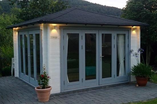 Gartenhaus Sunshine ISO mit großer Falttür Gartenhaus