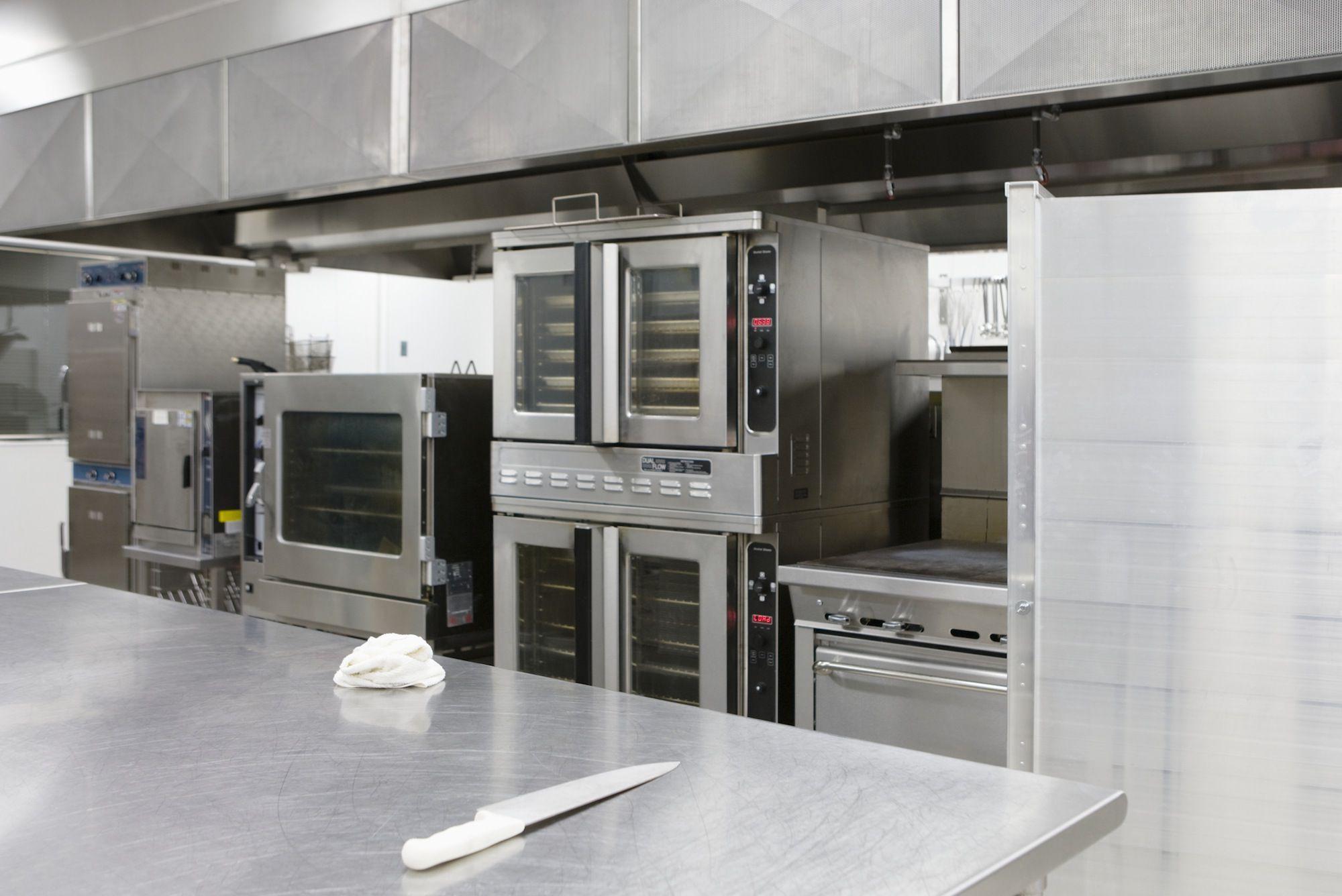 Here Are The Basics Of Commercial Grade Restaurant Equipment Restaurant Kitchen Equipment Commercial Kitchen Equipment Restaurant Equipment