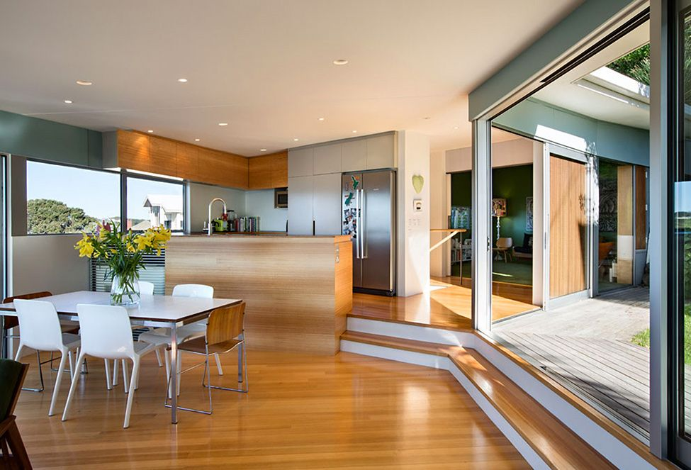 Best Distinctive Seatoun Heights House With Breathtaking Harbor 400 x 300