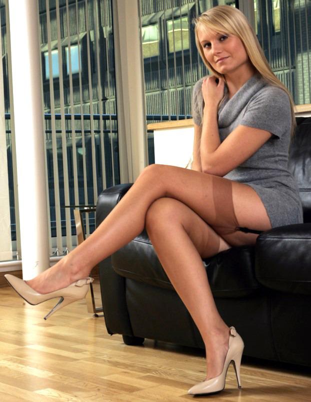 Pin auf Office secretary