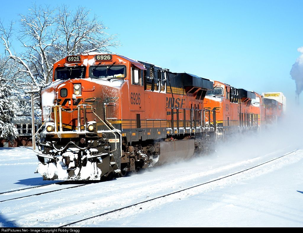 RailPictures.Net Photo: BNSF 6926 BNSF Railway GE ES44C4 at Lockport, Illinois by Robby Gragg
